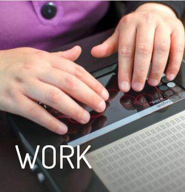 Blitab trabajo. Persona trabajando con la tableta.