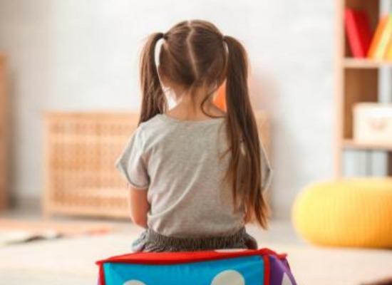 niño con síndrome de asperger