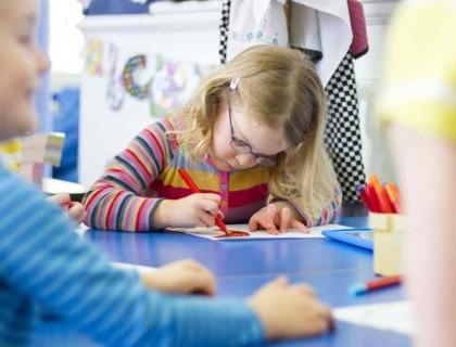 niños autistas y expresión artística