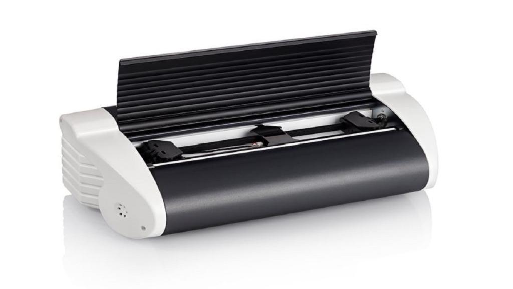imagen de la impresora braille Basic-D V5 con la tapa abierta