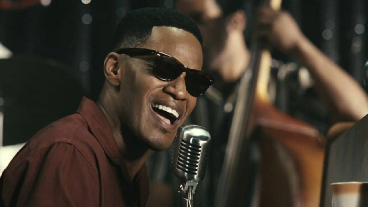 músicos ciegos: imagen de Ray Charles