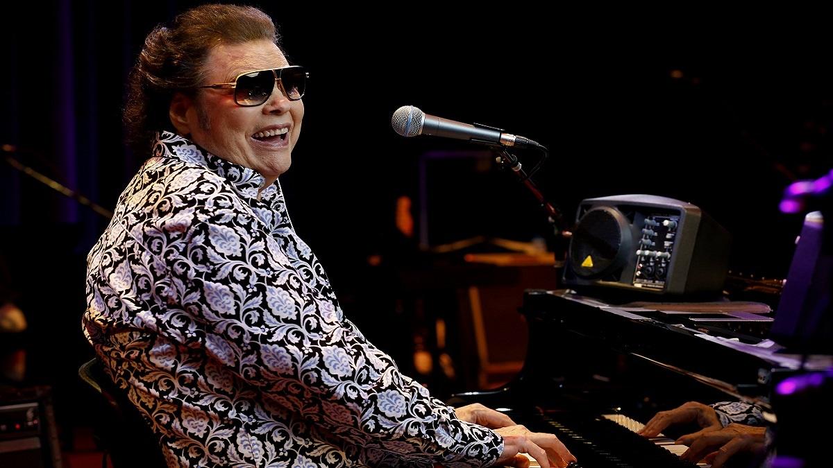 músicos ciegos: imagen de Ronnie Milsap