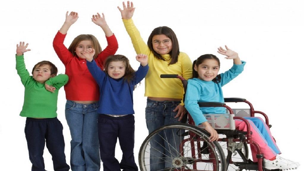 imagen de varios alumnos con discapacidad