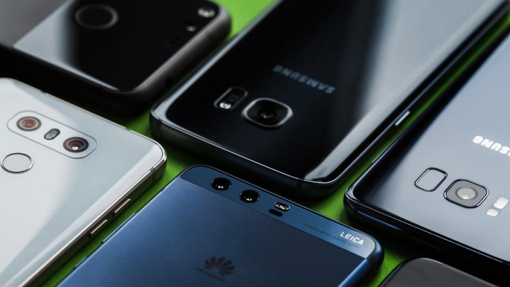imagen de varios smartphones con sistema operativo android