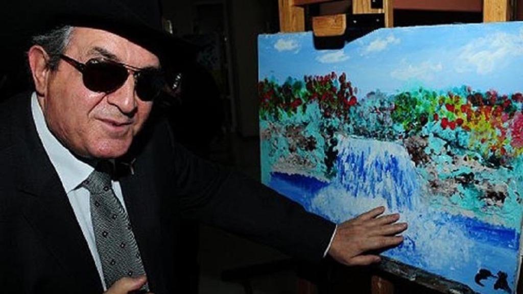 pintores ciegos: imagen del pintor esref armagan
