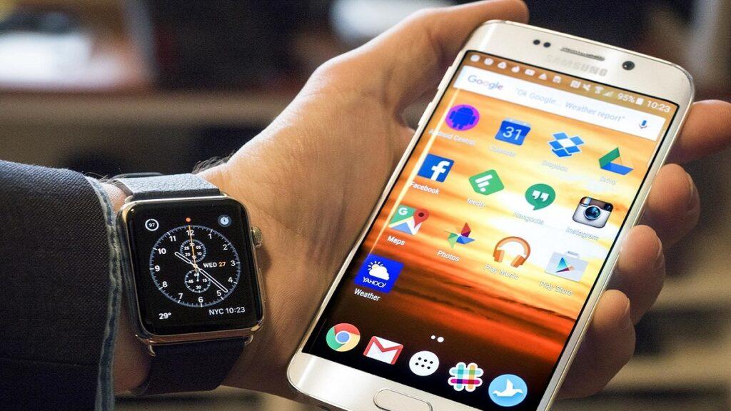 apple watch: imagen del reloj sincronizado con un iphone