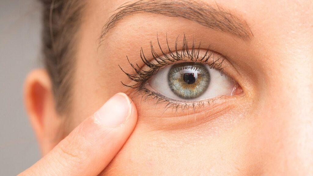 salud ocular: imagen de un ojo sano