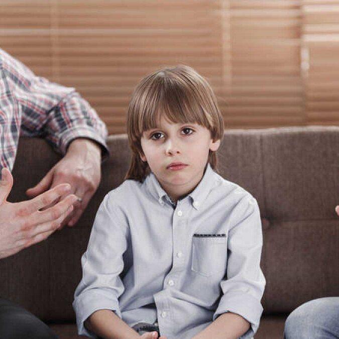 imagen de un niño con síndrome de asperger.